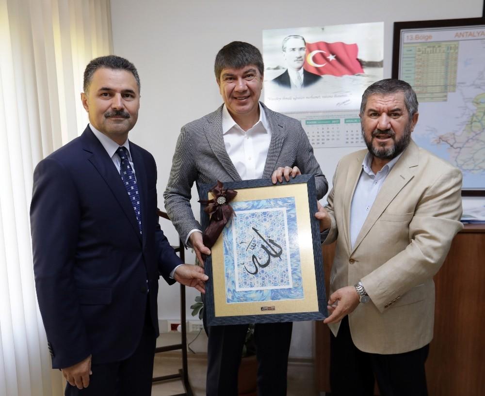 Antalya Büyükşehir'den eğitime büyük destek