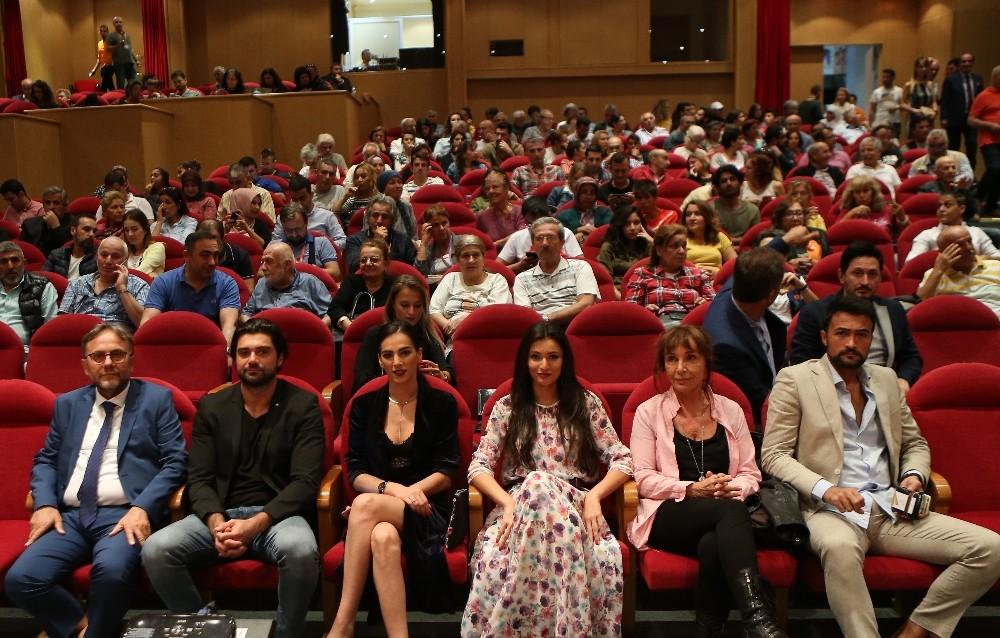 Antalya Film Festivali'nde Kervan 1915'e büyük ilgi