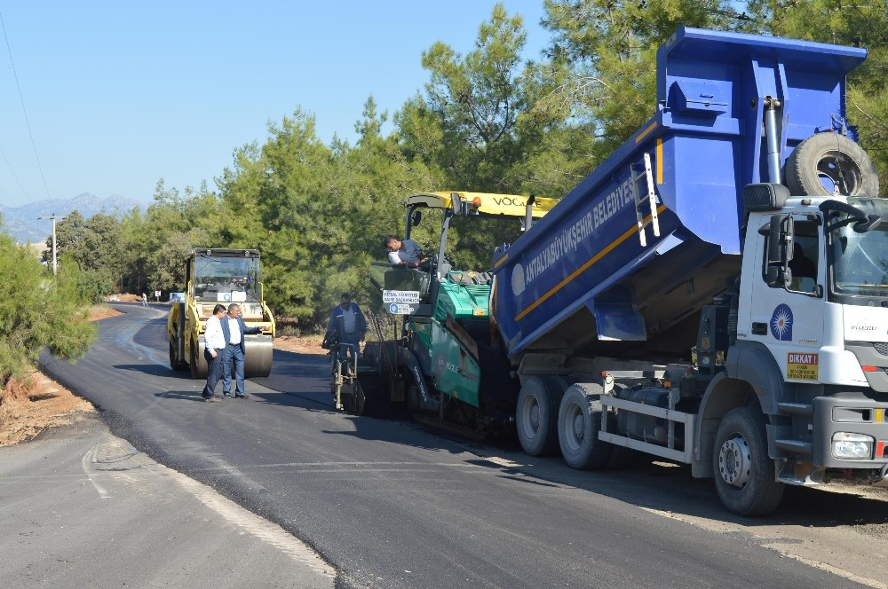 Katı Atık Yolu asfaltlanıyor