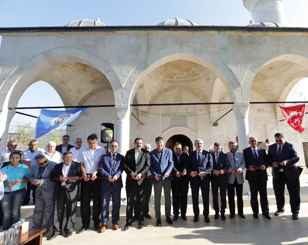 Nasreddin Camisi yeniden ibadete açıldı