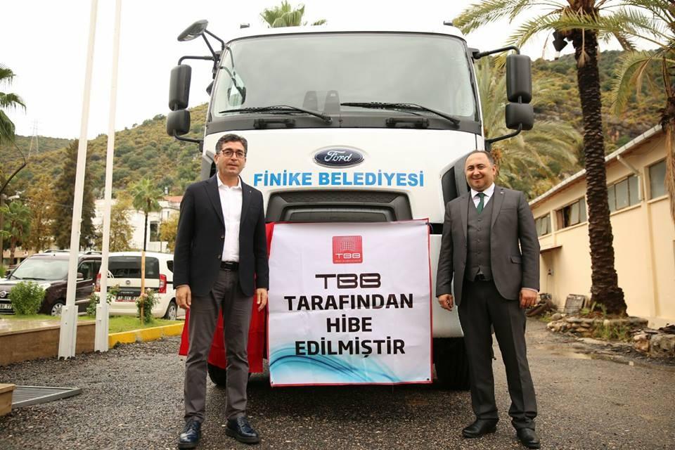 TBB'den Finike Belediyesi'ne araç desteği