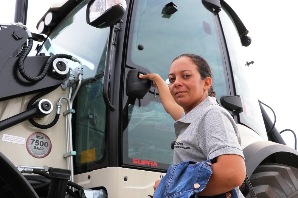 Türkiye'nin yerli üretim iş makineleri Antalya'da görücüye çıkıyor