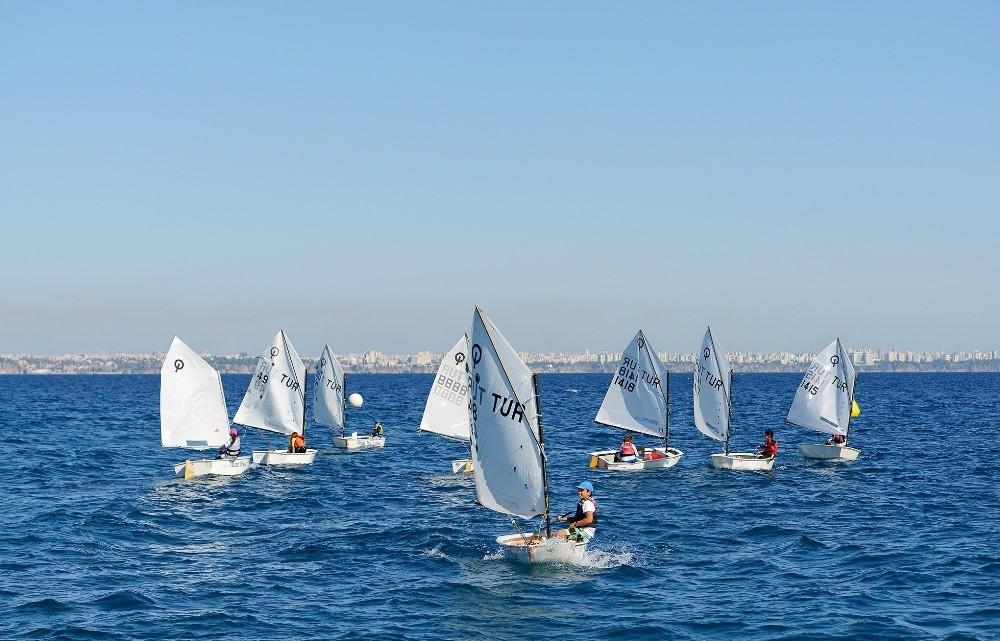11. ATSO Yelken Yarışları Cumhuriyet Kupası yapıldı