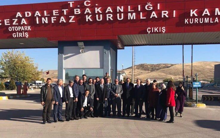AK Parti İl Başkanı Sümer, CHP İl Başkanı Erdem'i özür dilemeye davet etti