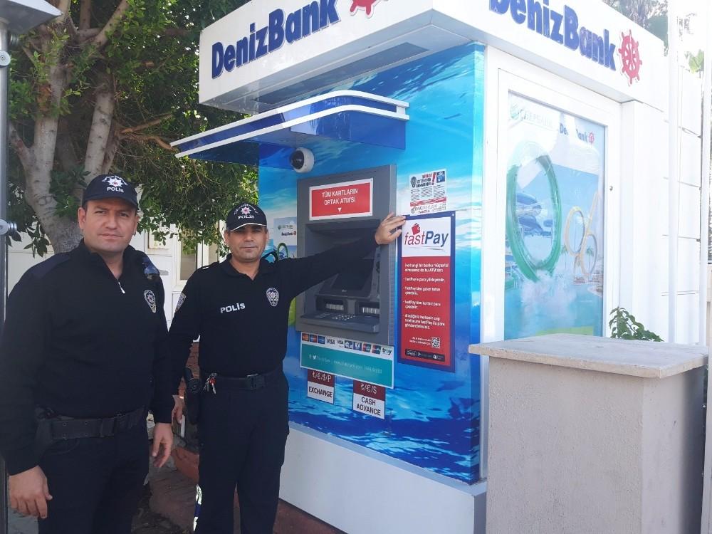 Alanya'da ATM dolandırıcılığına üç ayarı dilde afişli önlem
