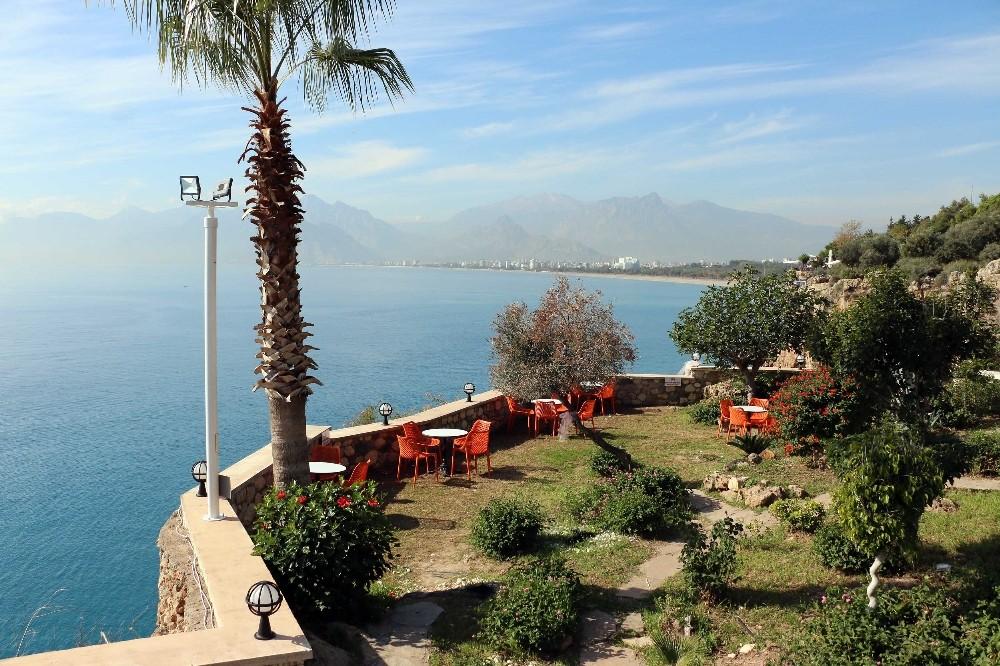 Antalya Büyükşehir'den yeni bir sosyal tesis daha