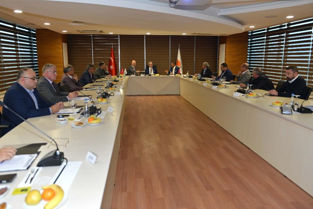 Antalya OSB'de 7 gün 24 saat acil sağlık hizmeti