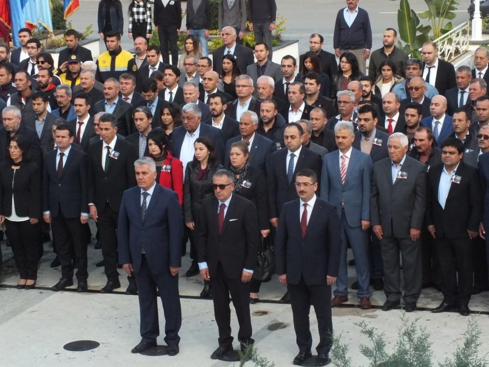 Antalya'da 10 Kasım Ata'yı anma günü etkinlikleri