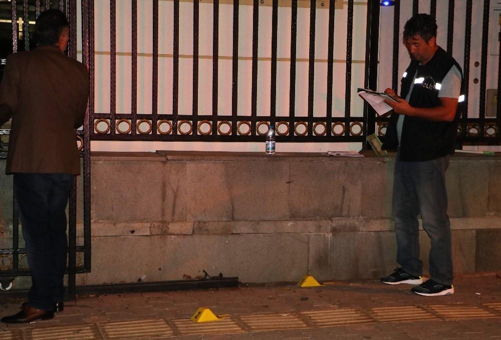 Antalya'da adliye çıkışında silahla yaralama