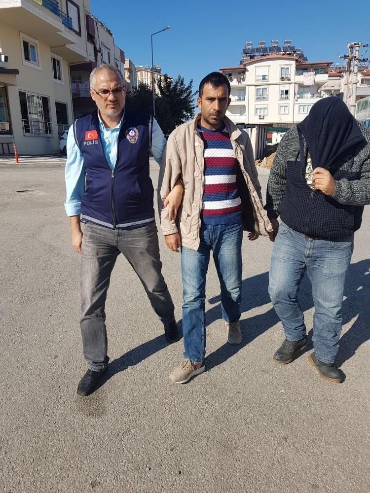 Aranan uyuşturucu tacirleri Manavgat'ta yakalandı