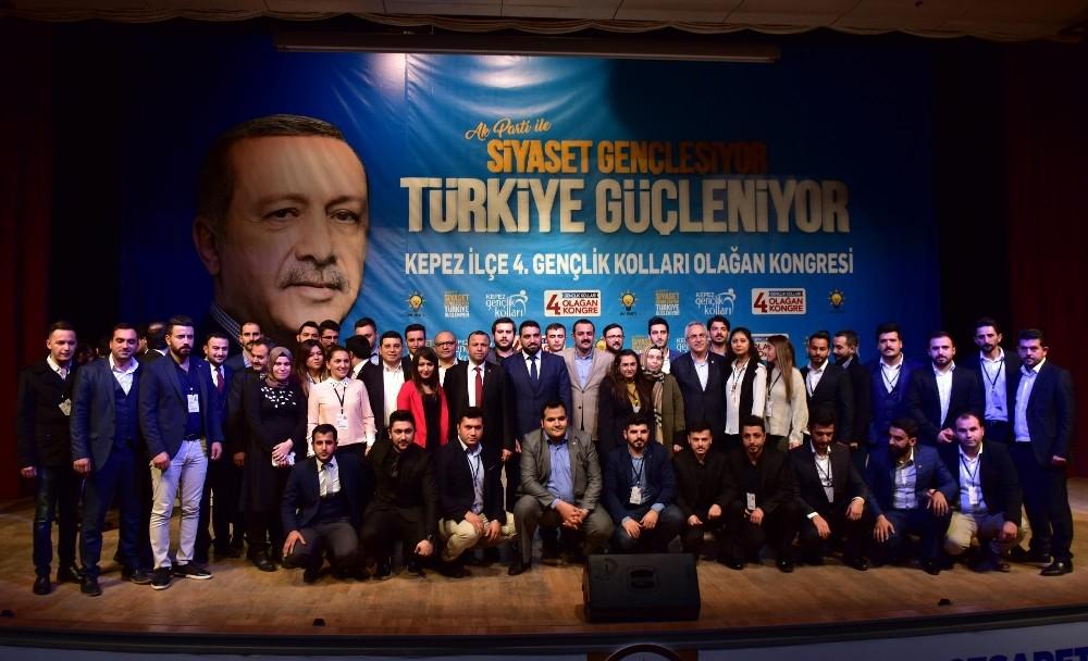 AK Parti Kepez Gençlik Kolları Kongresi