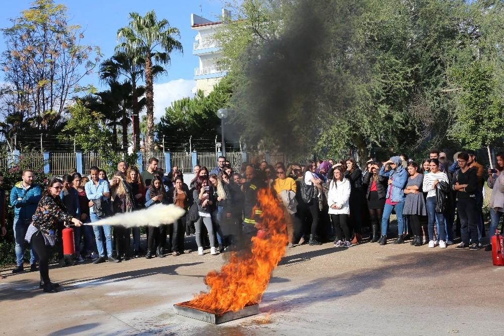 Akdeniz Üniversitesi'nde yangın tatbikatı