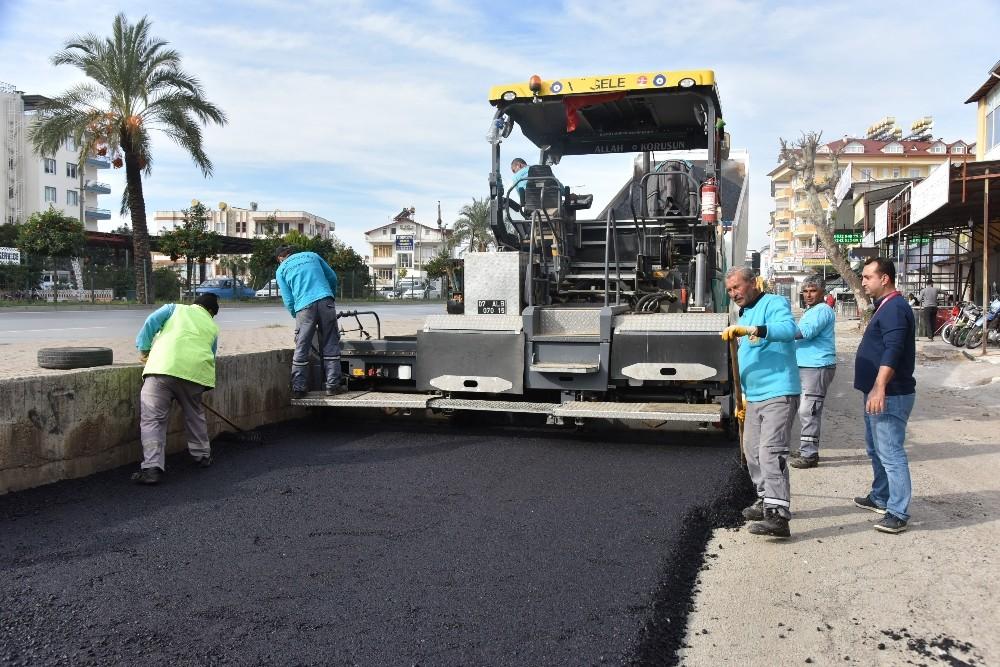 Alanya Azaklar Sanayi sitesine sıcak asfalt