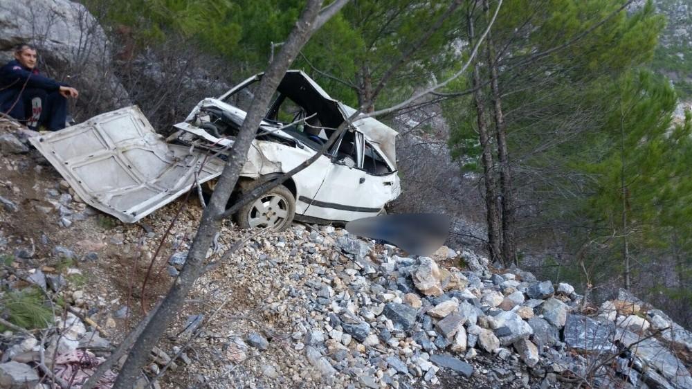 Alanya'da trafik kazası: 2 ölü