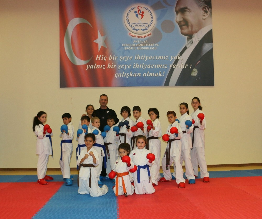 Antalya'da 12 ay ücretsiz spor imkanı