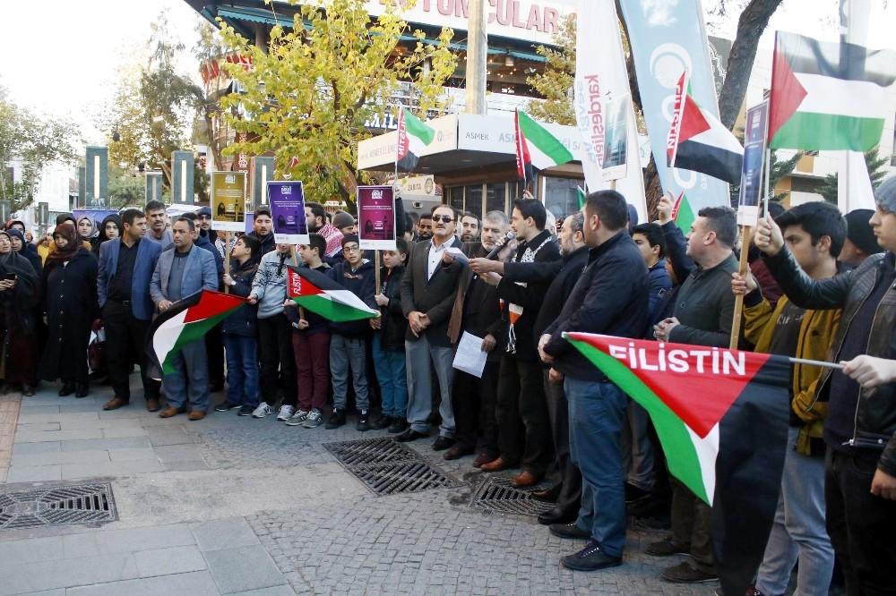 Antalya'da, ABD'nin Kudüs'ü İsrail'in başkenti olarak tanıma planına tepki