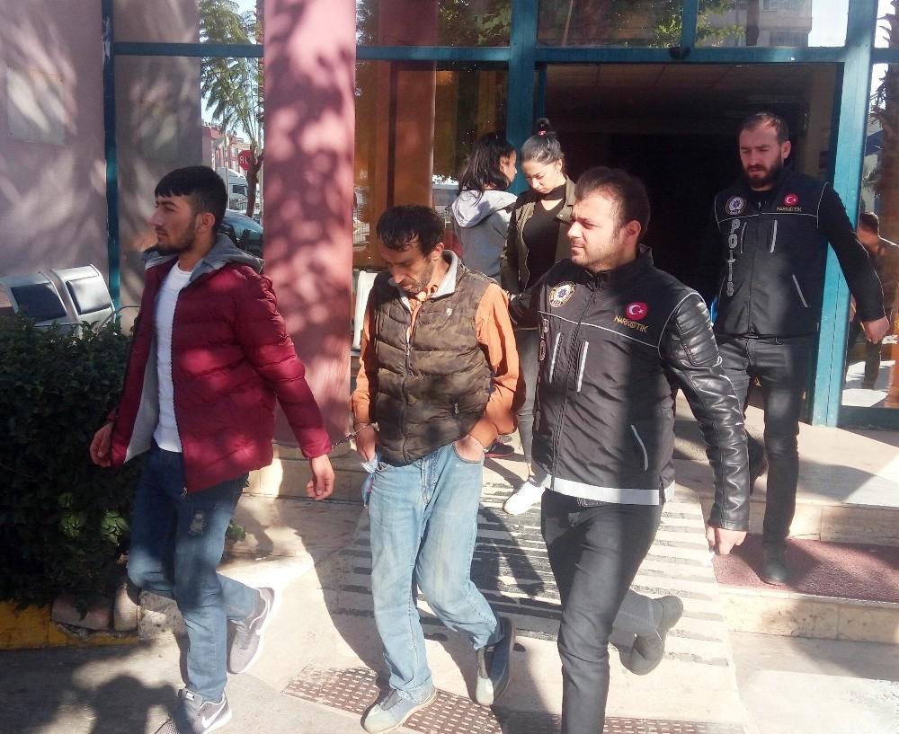 Antalya'da uyuşturucu operasyonu: 3 kişi gözaltı