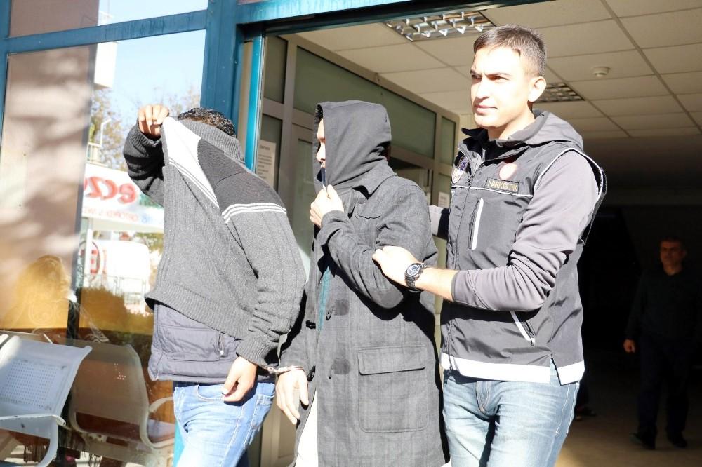 Antalya'da uyuşturucu operasyonu: 5 gözaltı