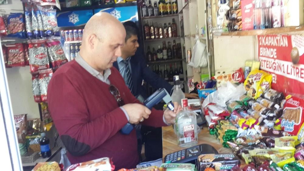 Antalya'da yılbaşı öncesi kaçak içki kontrolü
