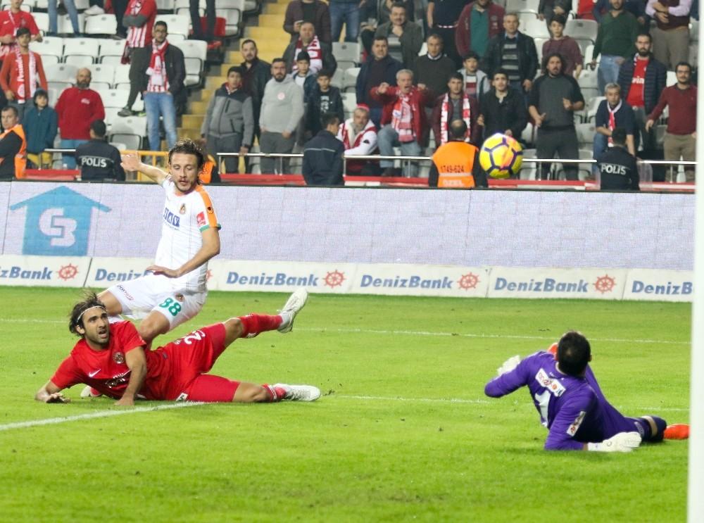 Antalyaspor, 5 hafta aradan sonra kazanmayı hatırladı
