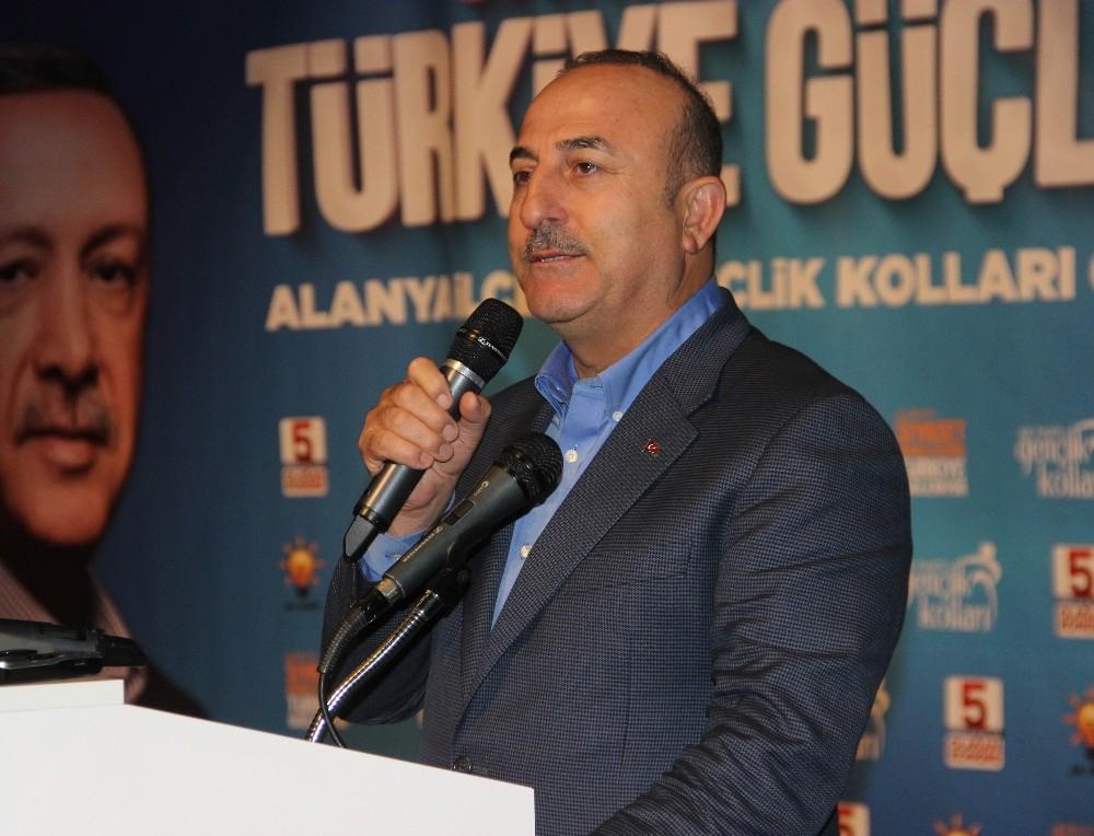 """Bakan Çavuşoğlu: """"Erdoğan kıskançlığı başlamış"""""""