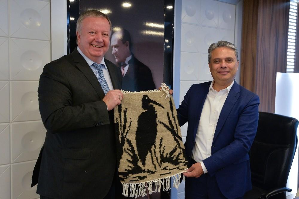 Başkan Uysal'dan Kaleiçi'ne davet
