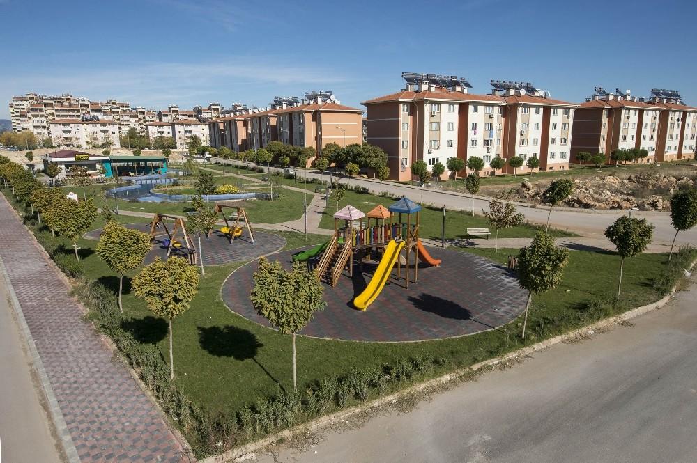 Döşemealtı Belediyesi'nden 52 yeni nesil park, 169 bin metre yeşil alan