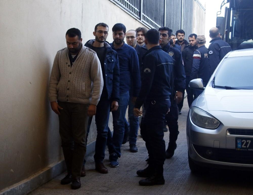 FETÖ'nün askeri mahrem yapılanmasından 23 kişi adliyeye sevk edildi