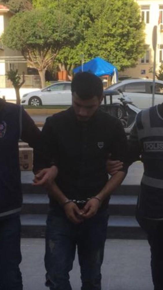 Kafe hırsızları yakalandı