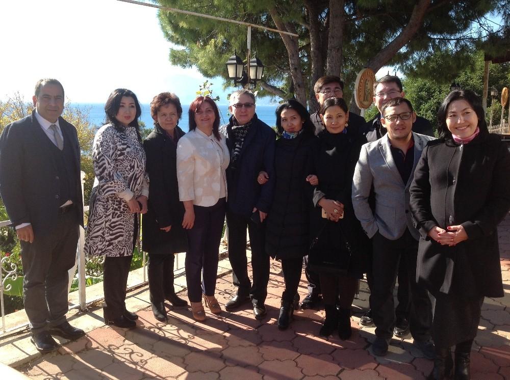 Kazak Basın Heyeti Antalya`da