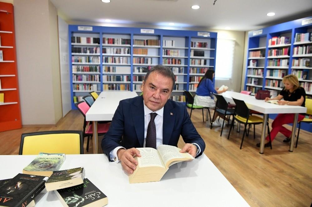 """Konyaaltı """"Herkes İçin Kütüphane"""" paydaşı oldu"""