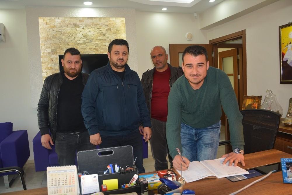 Korkuteli Belediyespor'da yeni yönetim oluştu