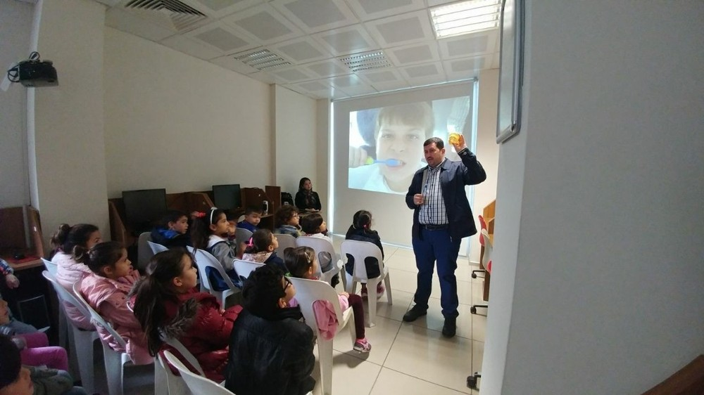Kütüphanede Ağız ve Diş Sağlığı etkinliği yapıldı