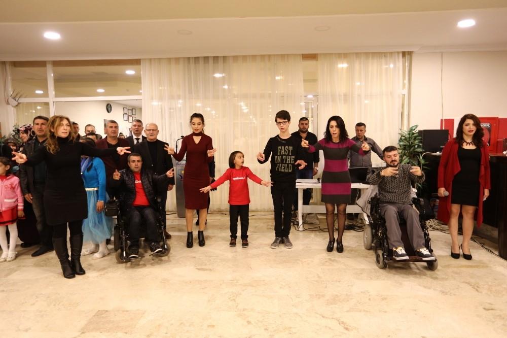 Manavgat Belediyesi'nden engelsiz kutlama