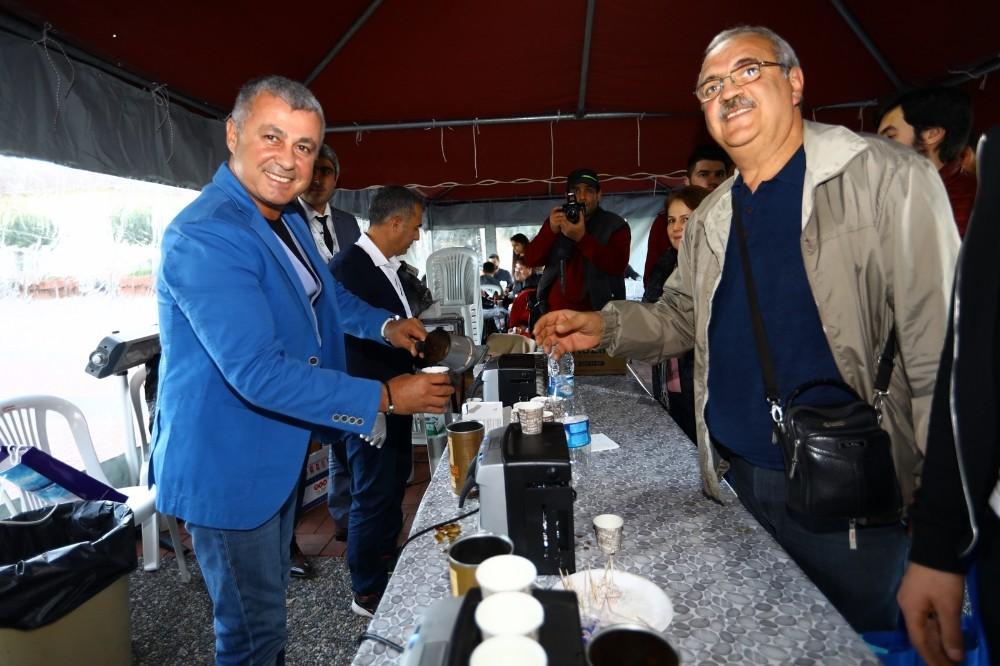 Manavgat Belediyesi'nden kahve ikramı