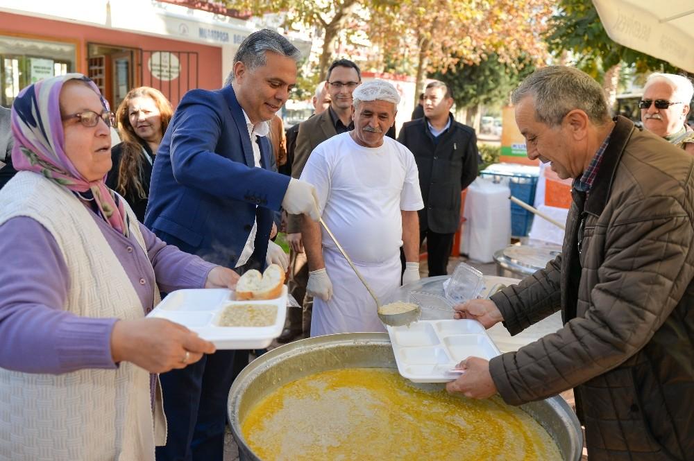 Muratpaşa'da keşkek günü