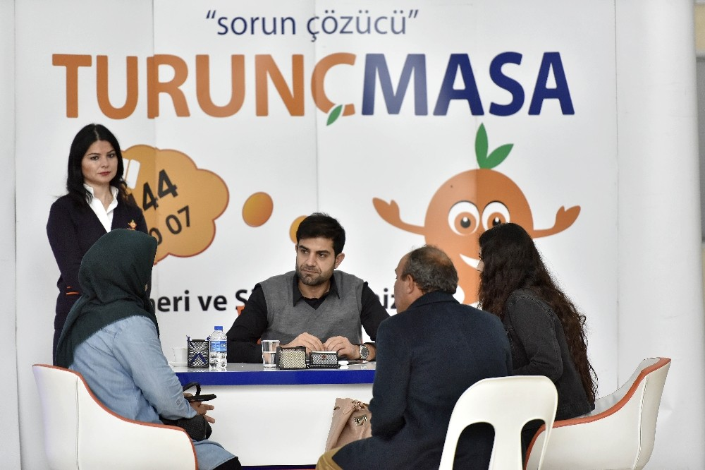 Muratpaşa'da randevusuz görüşmeler devam etti