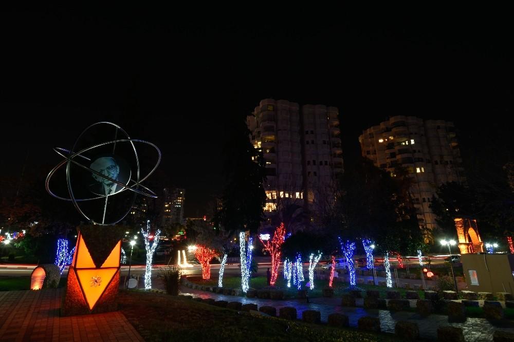 Muratpaşa'da yeni yılın rengi kırmızı – beyaz