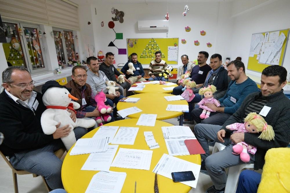Muratpaşa'dan Babalık Destek Programı