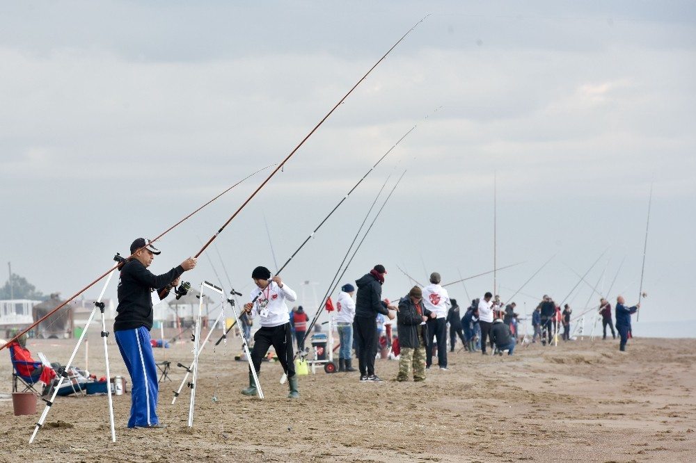 Olta balıkçıları Antalya'da yarıştı