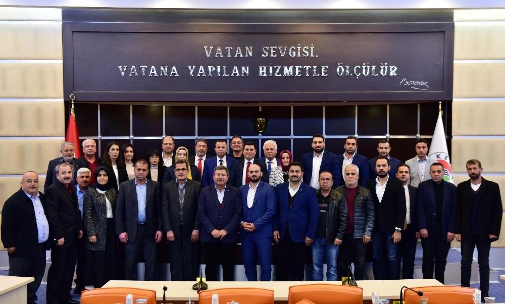 Tütüncü, AK Parti Kepez ilçe yönetimini ağırladı