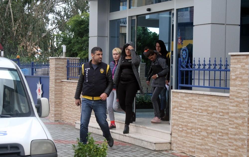 Alanya'da fuhuş operasyonu: 3'ü kadın 4 gözaltı
