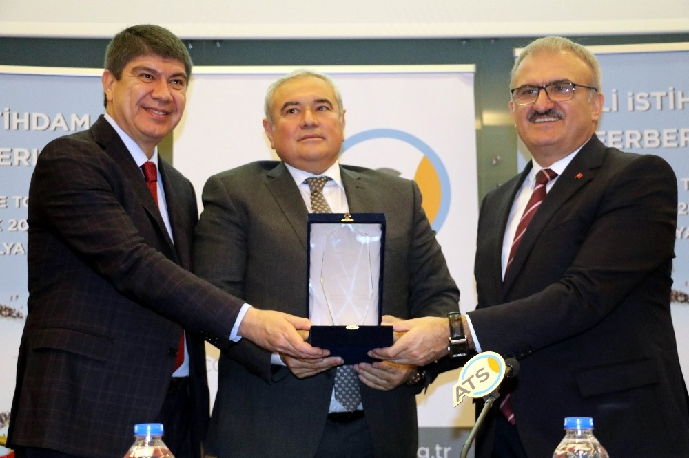 Antalya'da 2018 istihdam hedefi en az 200 bin