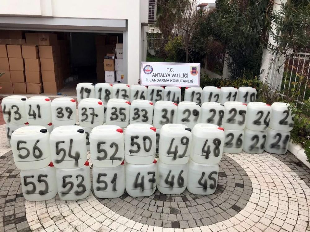 Antalya'da 21 bin litre kaçak içki ele geçirildi