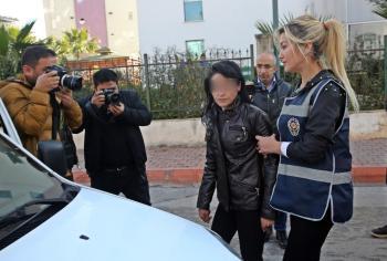 Antalya'da canlı yayındaki dayağa 4 gözaltı – haberler