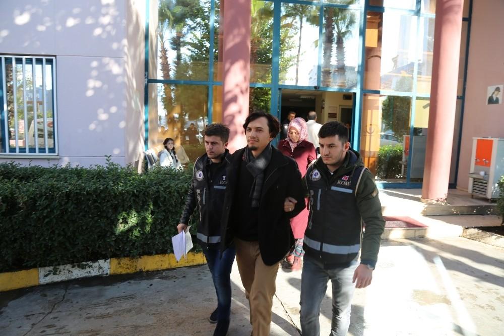 Antalya'da FETÖ operasyonu: 4 gözaltı