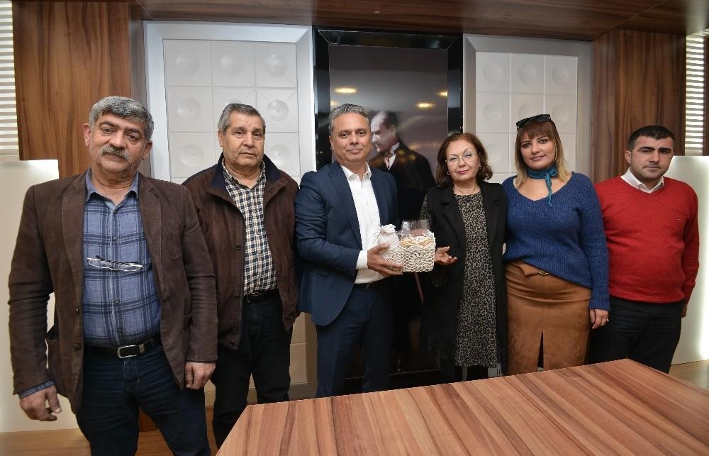 Başkan Uysal, AKD üyelerini ağırladı