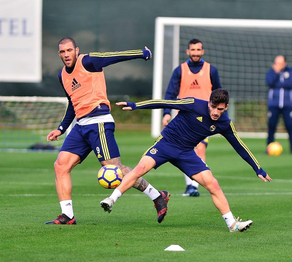 Fenerbahçe devre arası hazırlıklarına başladı