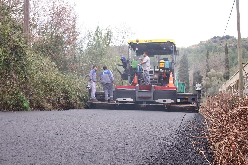 Manavgat Kadılar'a sıcak asfalt