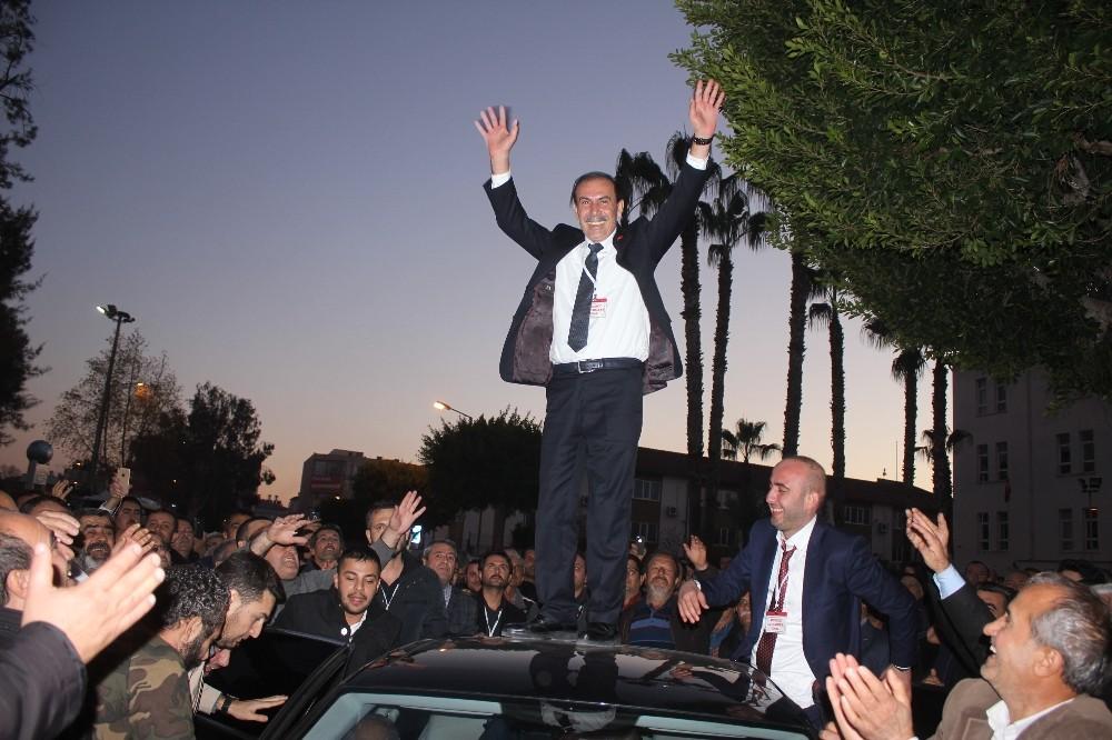 Manavgat Şoförler Odası'nın eski başkanı Muammer Ünal yeniden aşkan seçildi